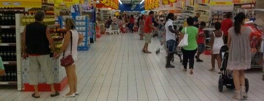 Auchan is one of Tempat yang Disukai Káren.