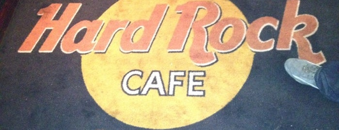 Hard Rock Cafe Dublin is one of Places With Mostly Bad Reviews.
