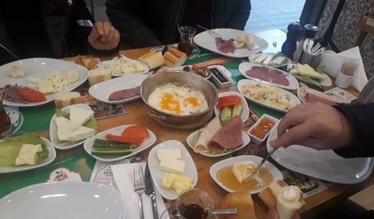 Tuzla Kahvaltı Yerleri ve Restoranlar