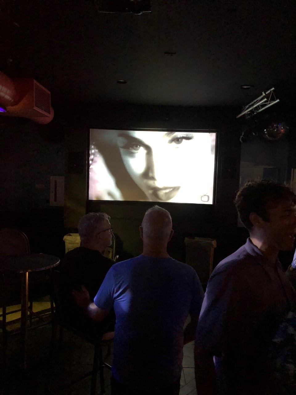 Photo of Wave (at Crown & Anchor)