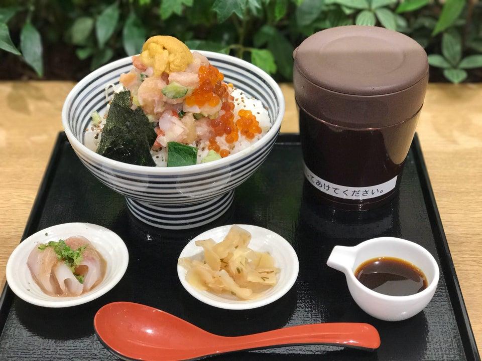 日本橋海鮮丼 TSUJI半 LECT廣島店