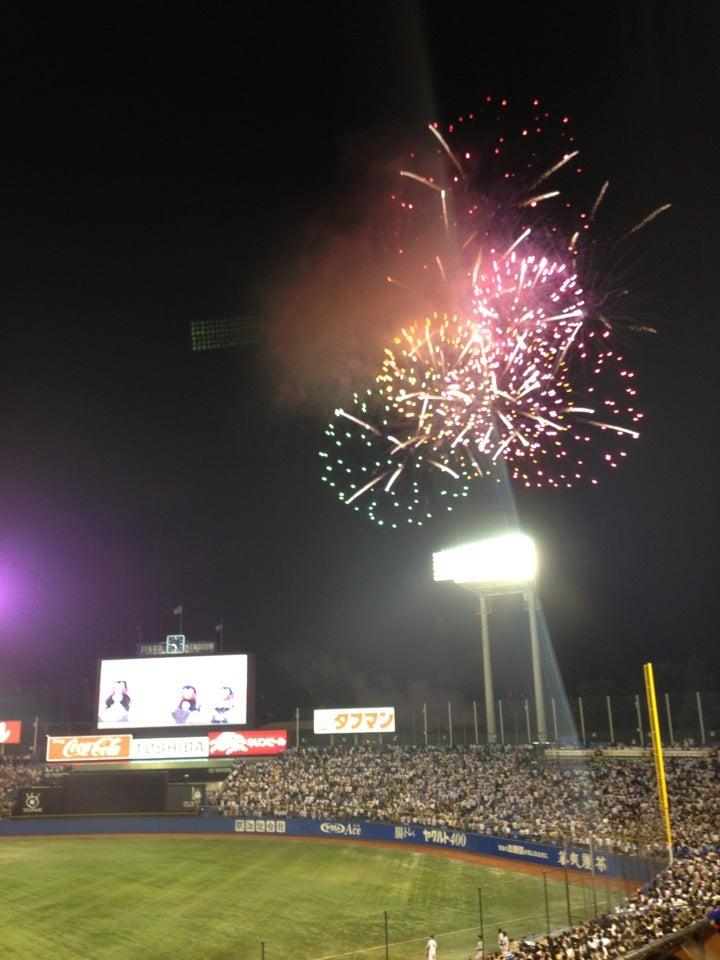 神宮花火晚場棒球比賽