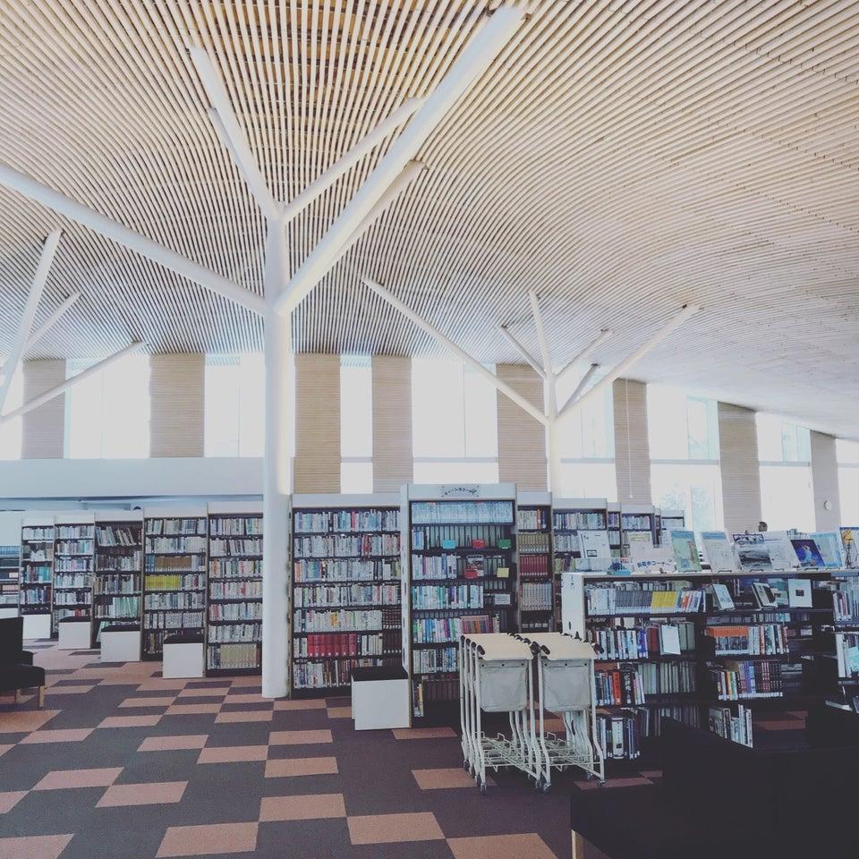 小布施町立圖書館
