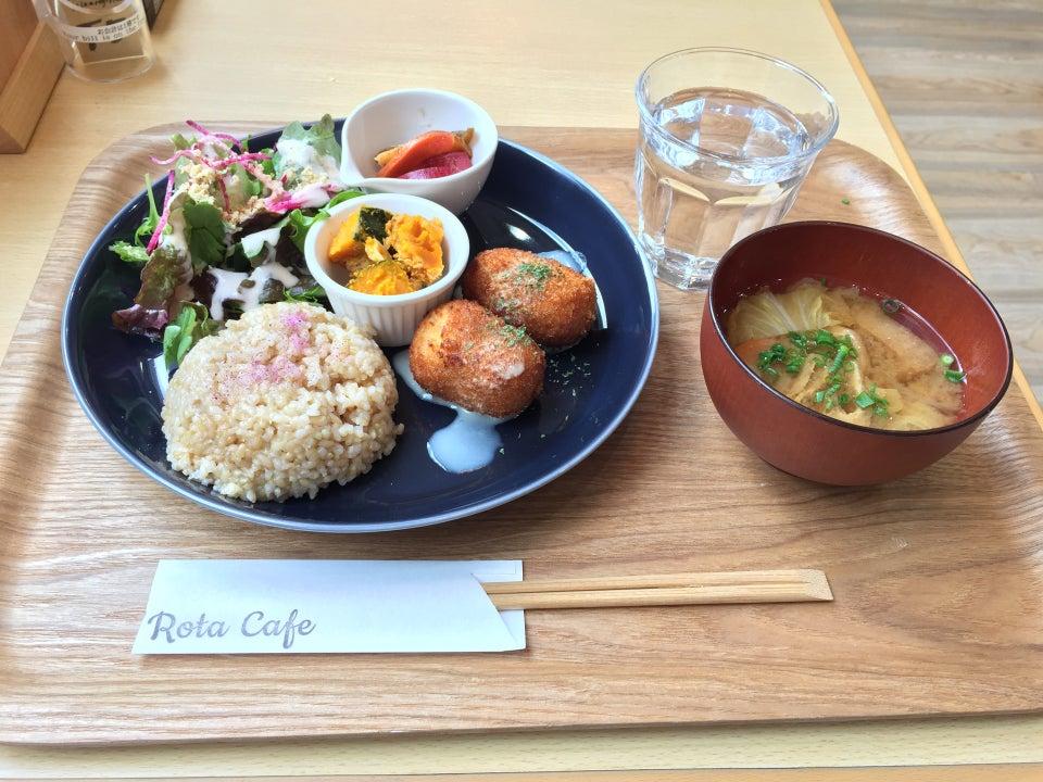 Rota Cafe (ロタカフェ福岡大名本店)