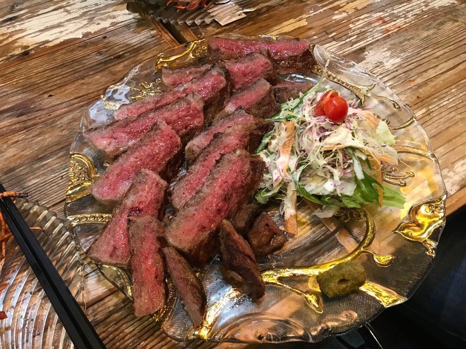 The 肉屋ししや/Shishiya(牧志)