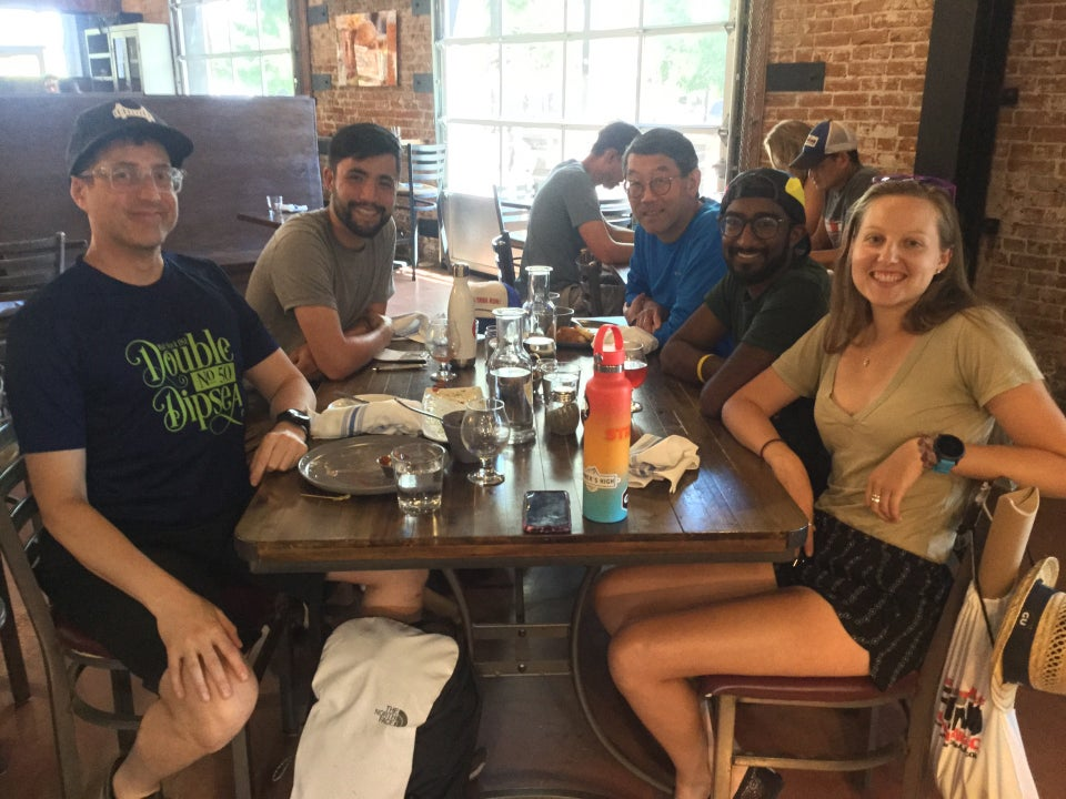 Tantek, Ernie, Bryan, Vivek, and Krissi having lunch at a table at The Union brewpub in Carson City