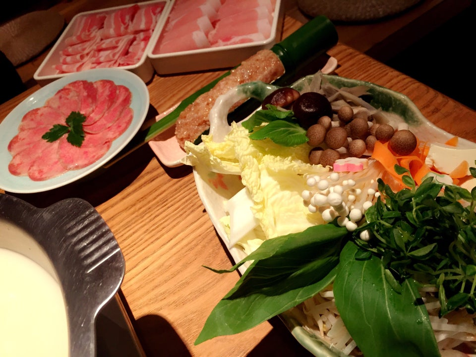 ダイニング しゃぶしゃぶ 仁 (Dining ShabuShabu 仁)