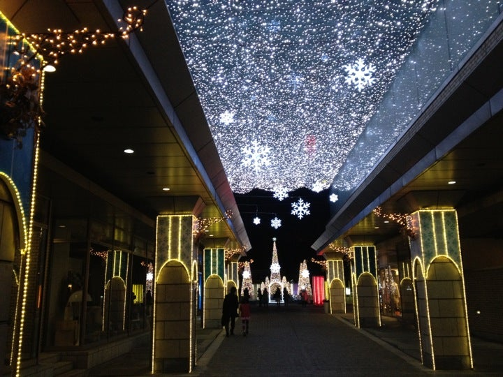 代官山アドレス・ディセ: ショッピングモール