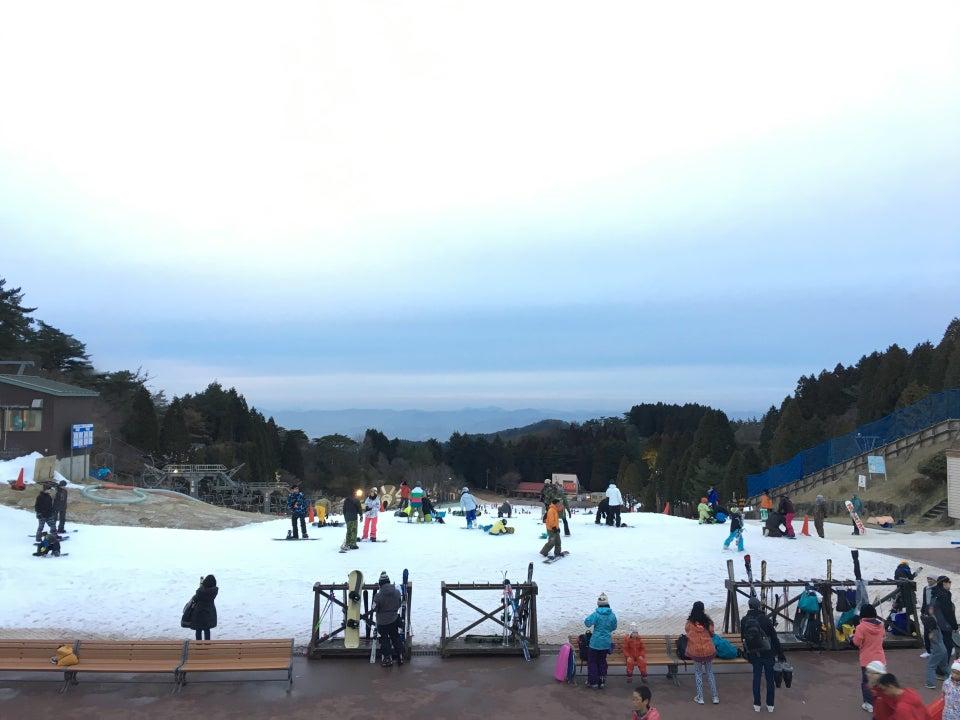 六甲山雪上樂園