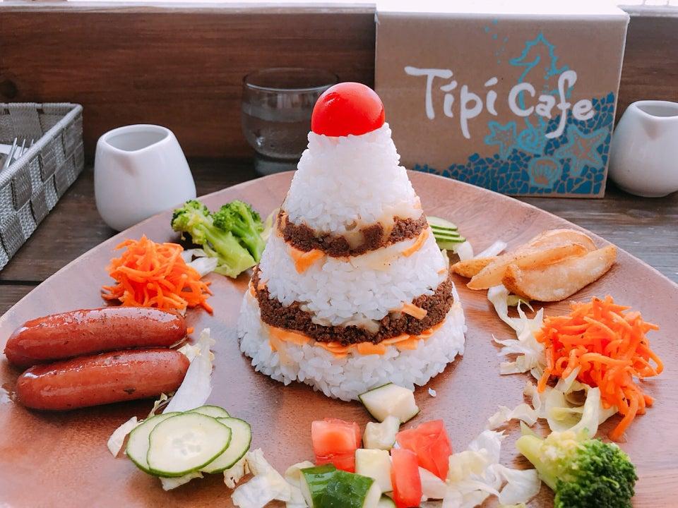 浜辺のTipi Cafe