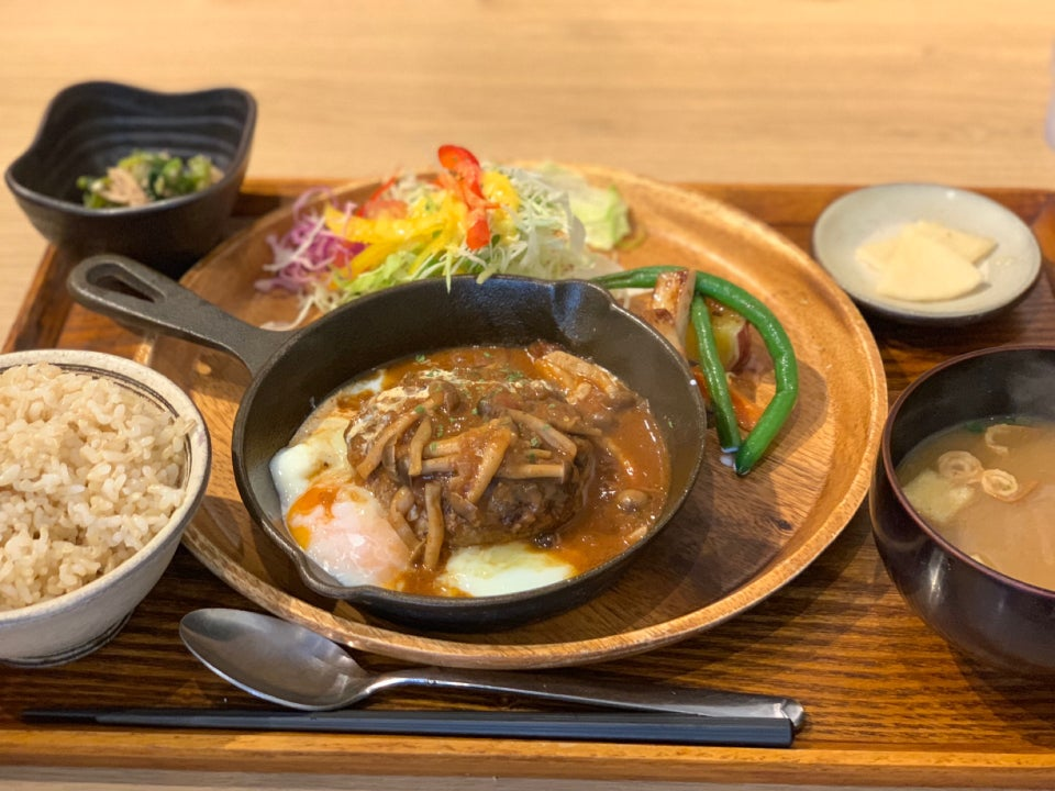 味噌飯屋Marutama/味噌めしやまるたま(旭橋)