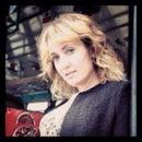 Danielle Lazier SF Realtor & Wannabe Flaneuse