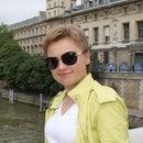 Oksana Shim