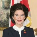 Nicole Jones