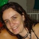 Claudia Linhares