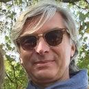 Andreas R