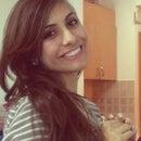 Assia B.