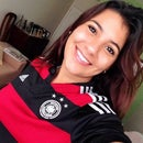 Yviana Neves