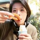 Nickie Hwang