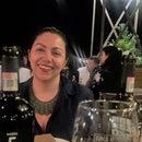 Georgina M León