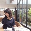 Yoonie H